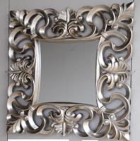 Espejo cuadrado con marco de poliresina color plata - Medidas: 100 x 100 cm