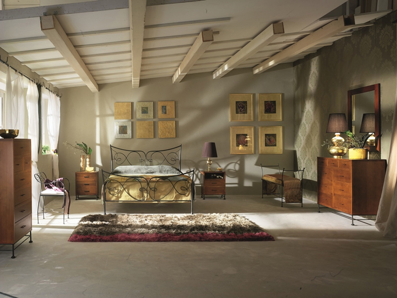 Cabecero y cama de forja Augusta - Cabecero y cama de forja de formas sinuosas Augusta