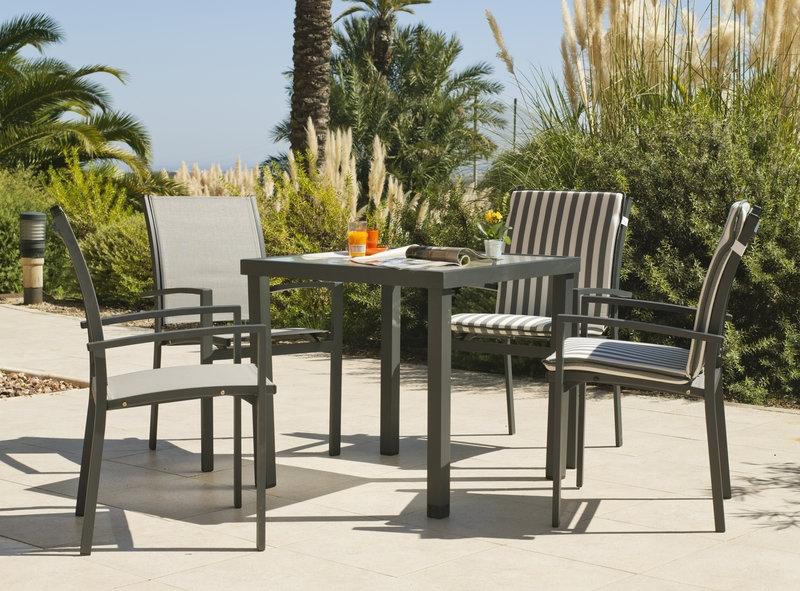Set mesa sillones y tumbonas aluminio textilen exteriores for Mesa 5 posiciones