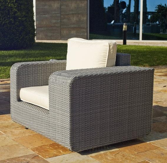 Sofas terraza conjunto de terraza de palets sofs y for Sofas terraza baratos