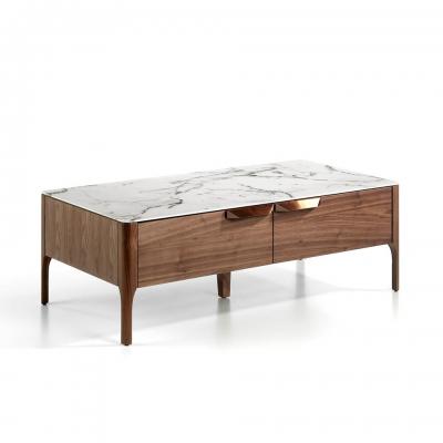 Mesa de centro fabricada en madera chapada en nogal