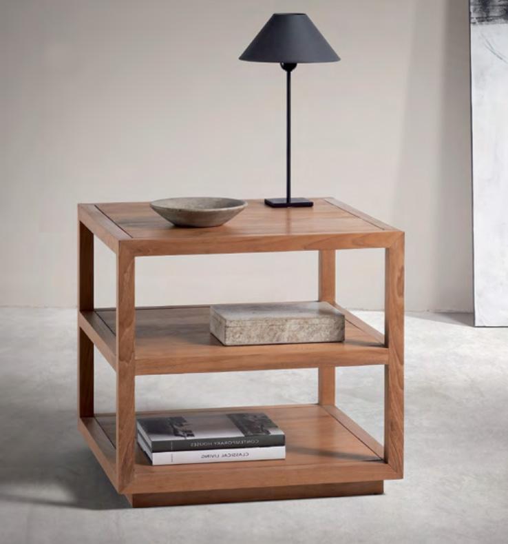 Mesa auxiliar de madera de teca Baladia - Mesa auxiliar  moderna de madera de teca.