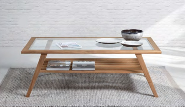 Mesa de centro moderna de madera de teca Baladia  - Mesa de centro  de madera de teca y cristal.