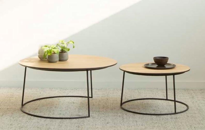 Mesa de centro con dos bandejas de teca y patas de hierro - Mesas nido de teca con patas de hierro