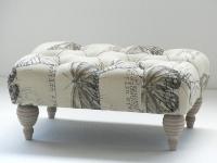 Banco tapizado Escabel - Banco moderno
