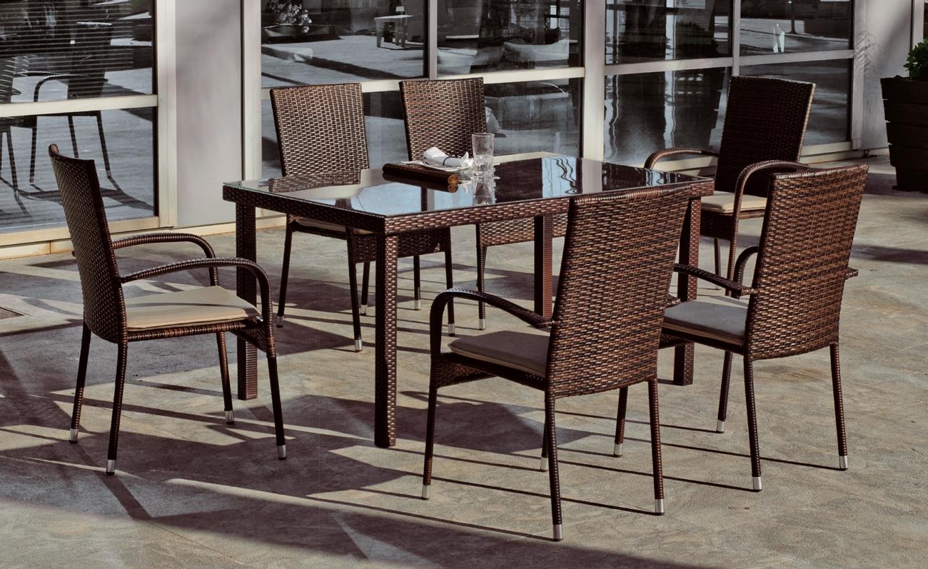 Mesa y sillones rattan para exteriores Bergamo 150
