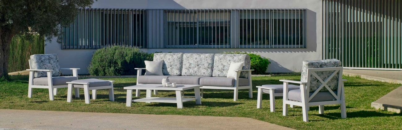Set Sofa Eliat 10 - Set Sofa Eliat 10, se fabrica en una amplia gama de colores: Blanco, Antracita o Champagne y las tapicerías son también seleccionables en calidad de tejido y color o estampado.