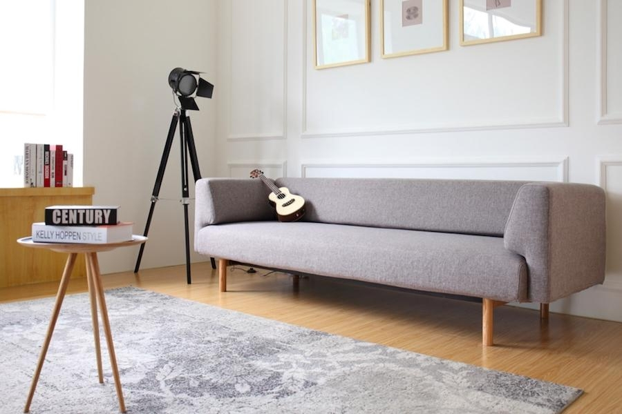 Sofá Ebeltoft - Sofá de elegante diseño. Características modernas en formas clásicas y encantadoras