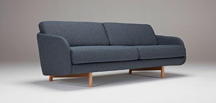 Sofá Tved - El fabricante danés Kragelund crea asientos con una gran comodidad y un aspecto distintivo. Los sofás y sillones de Kragelund, con su encanto escandinavo, están hechos para sentirse bien.