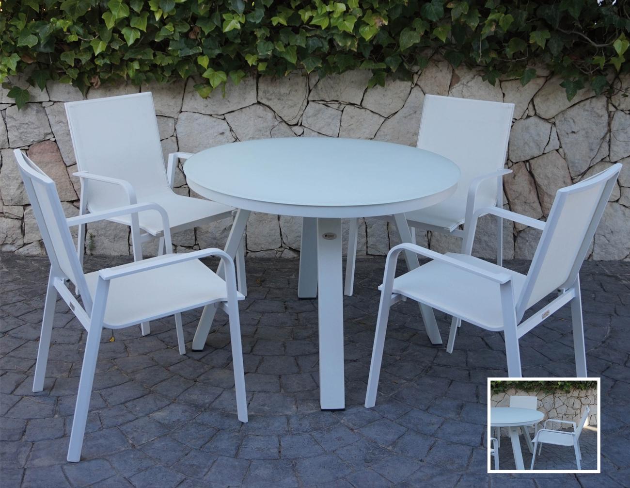 Mesa para exterior Sena - Comedor para terraza o jardín compuesto por mesa redonda con estructura de aluminio de color blanco y cristal templado del mismo color, Silla de aluminio con textilene de color gris.