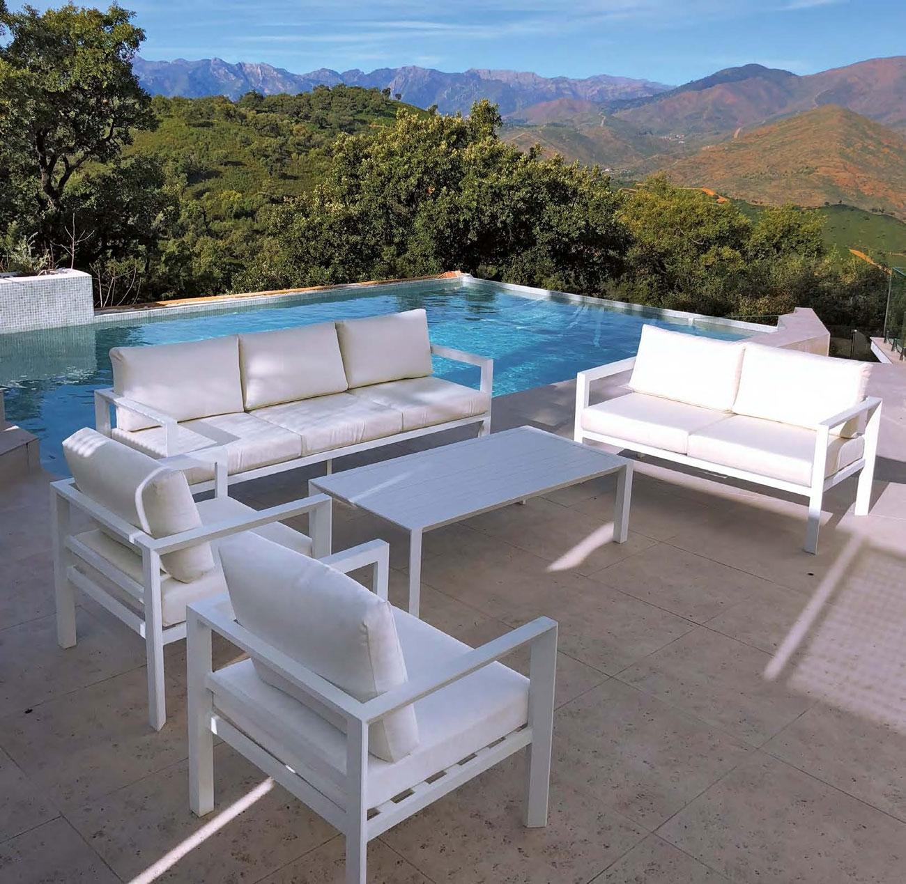 SET SOFA DE EXTERIOR BASILEA - Set para terraza o jardín modelo BASILEA de Majestic Garden