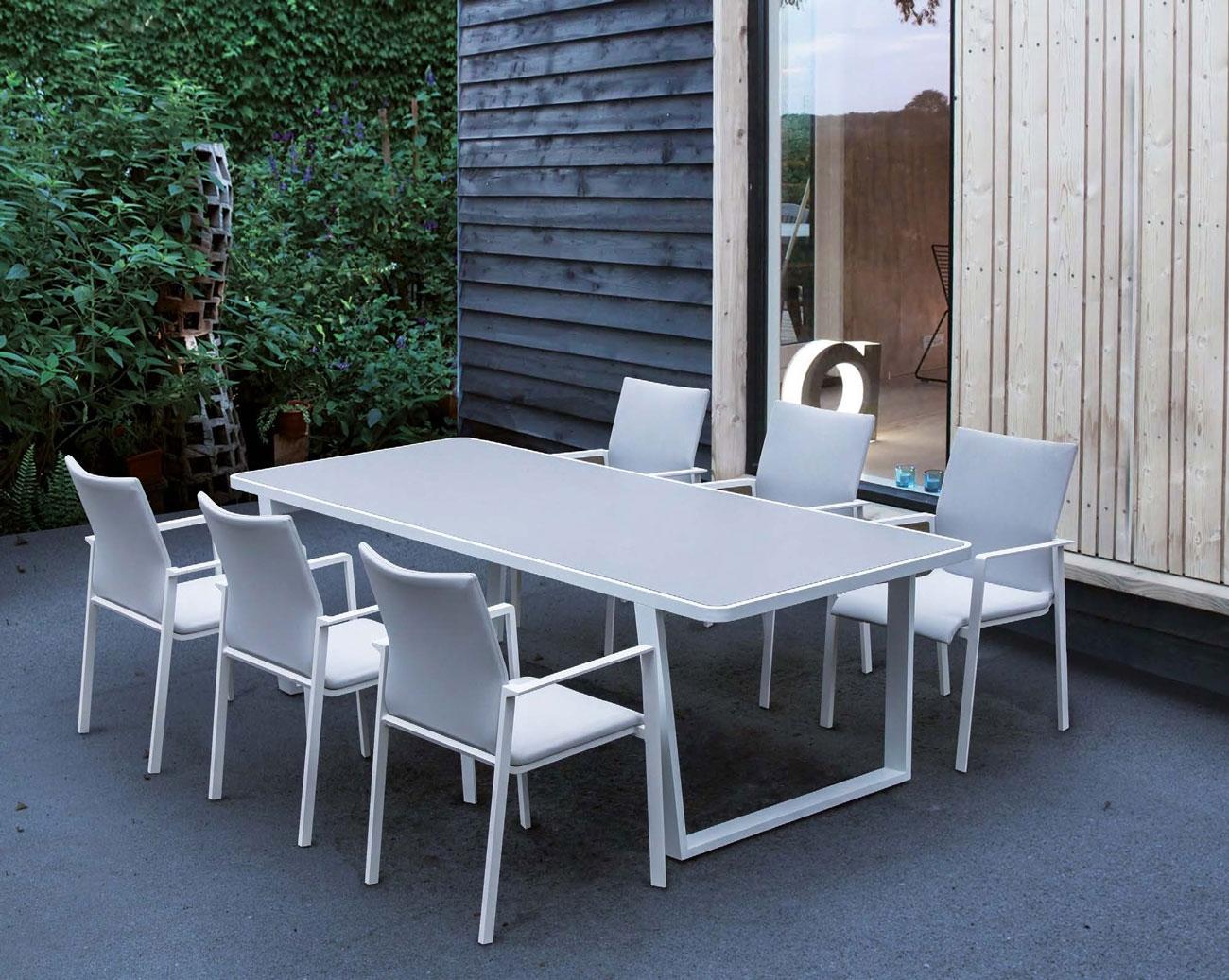 Mesa comedor para exterior o sillones ELBA