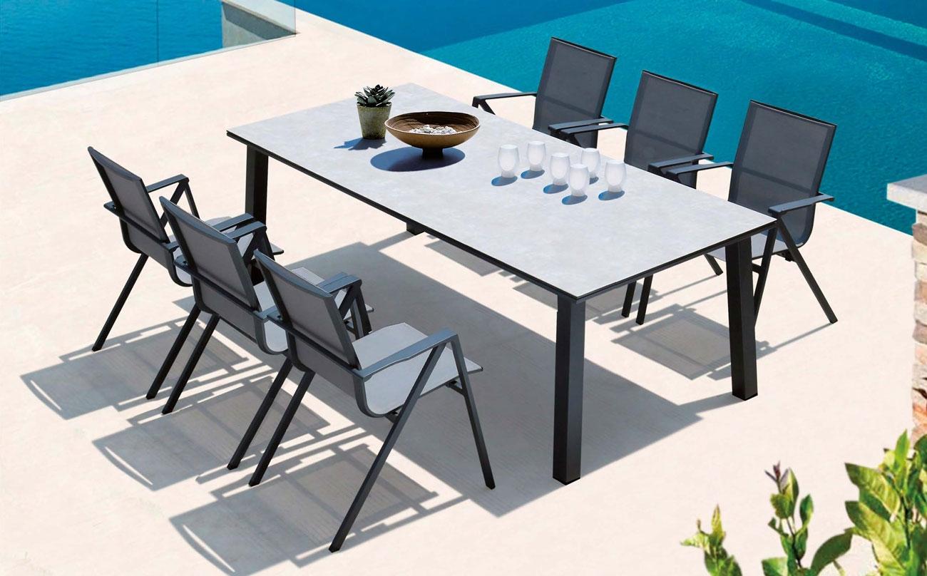 Mesa comedor para exterior o sillones QUEENS - Juego de mesa y sillas para exterior modelo QUEENS de Majestic Garden