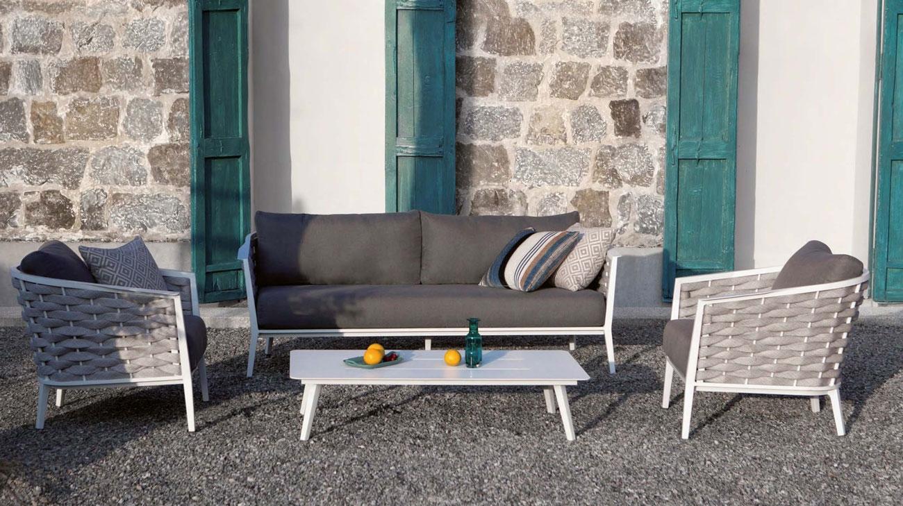 Set de sofá para exterior ROPE - Conjunto de sofá fabricado en aluminio blanco y tejido acrílico trenzado en color gris.