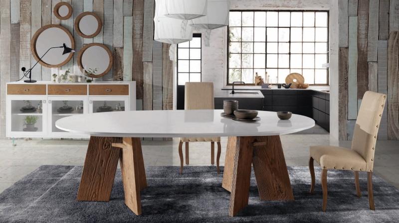 Mesa de comedor ovalada LCH-P16 - Mesa de comedor ovalada con la tapa pintada en color RAL y las patas en tinte embero envejecido
