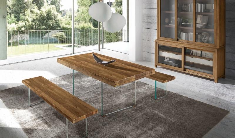 Mesa de comedor en robre y patas de cristal - Mesa de comedor con tablero en madera de robre y patas de cristal