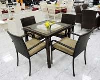 Mesa cuadrada y 4 sillas de exterior - Set completo o por separado