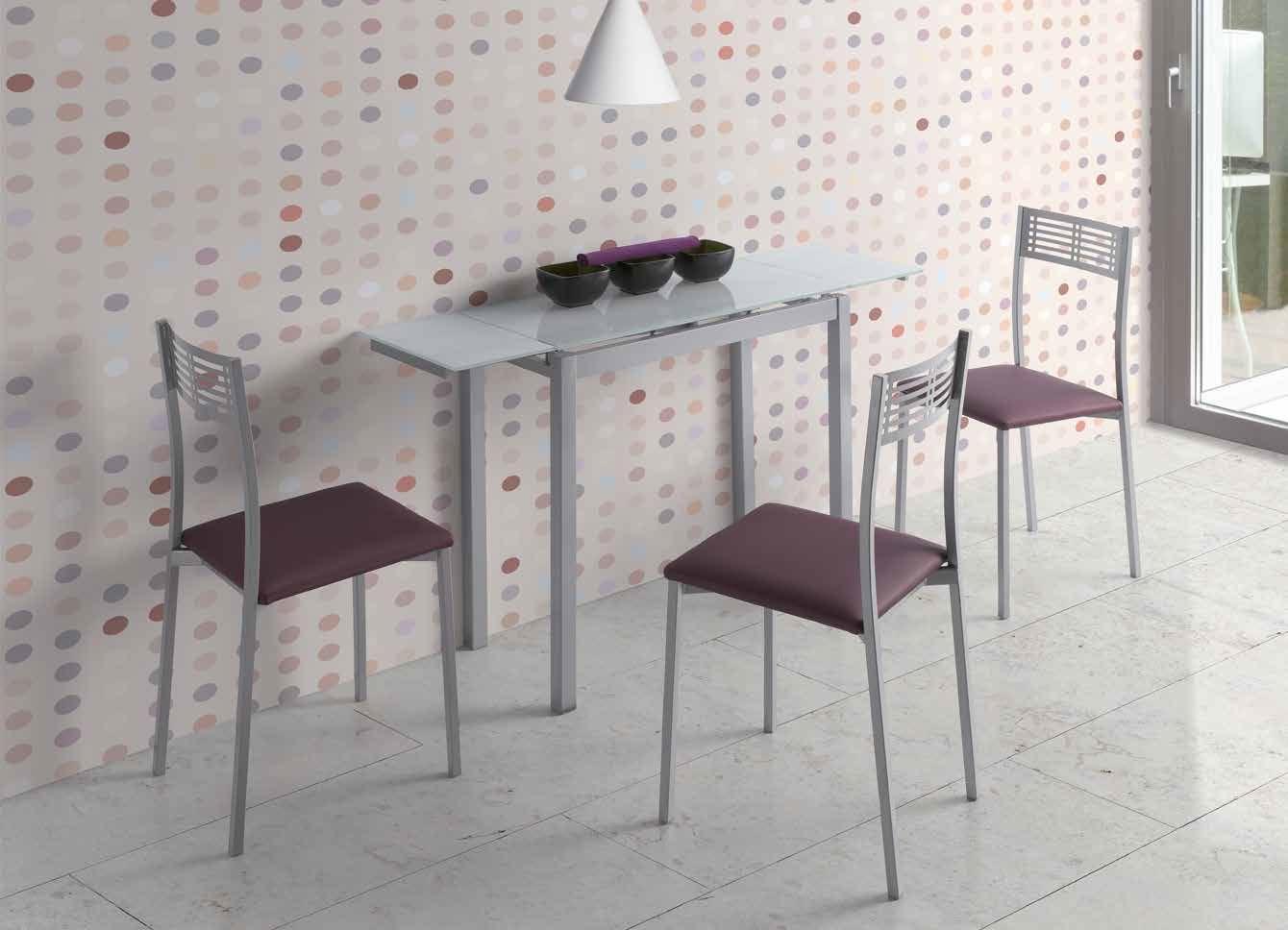 MESA DE COCINA EXTENSIBLE LISBOA - Mesa de cocina extensible. Estructura y pies metálicos acabados en gris plata con sobre y dos alas laterales en vidrio de 8 mm.