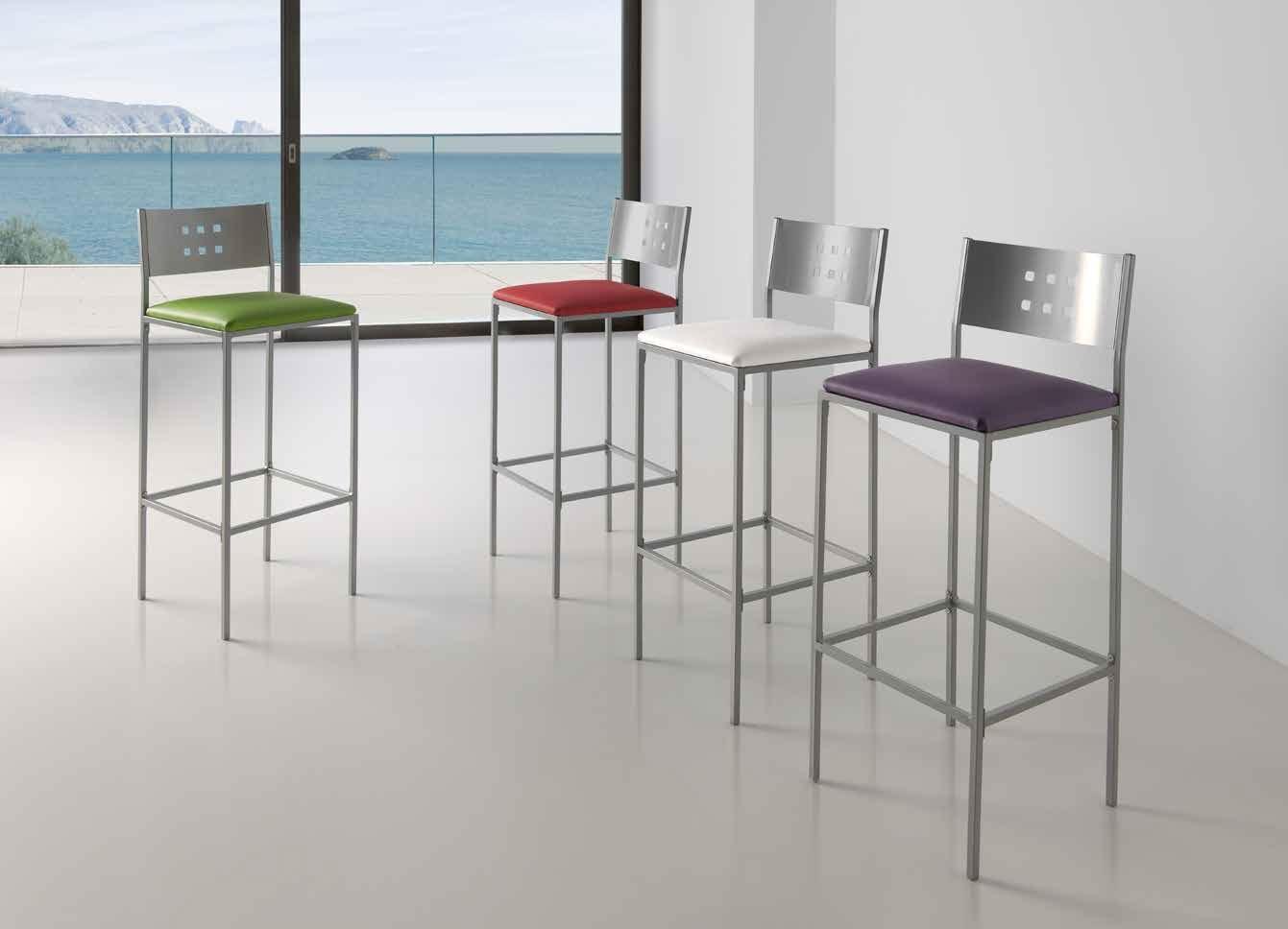 TABURETE MÓNACO - Taburete alto en gris plata y asiento acolchado en polipiel efecto suave