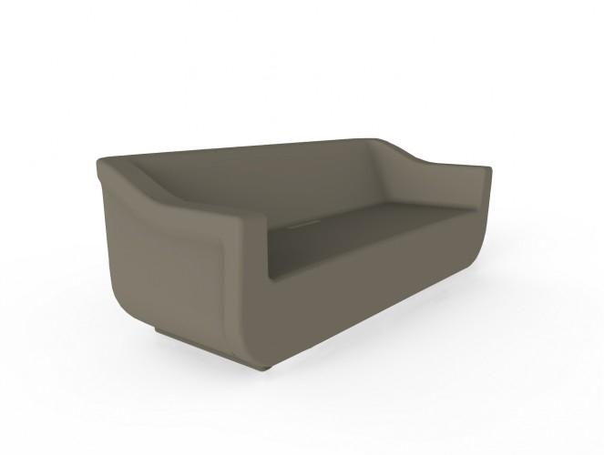 SOFA CLUB - Sillón de polietileno rotomoldeado para uso interior y exterior. Sistema de evacuación de agua. Protección contra rayos UV. Opcional: Cojín de algodón y poliéster de 5 cm de grosor en color beige para exterior.