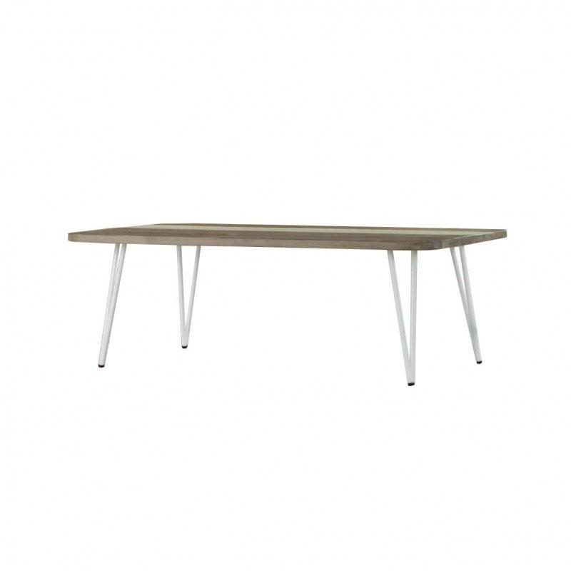 Mesa centro NIZA - Mesa de centro rectangular fabricada en madera maciza de acacia con las patas lacadas metálicas.