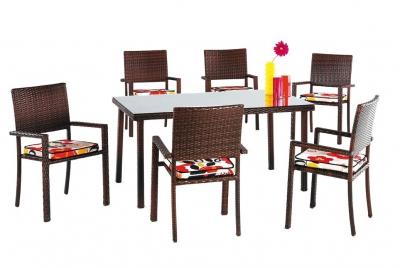 Set de sillas y mesa modelo TAYTON