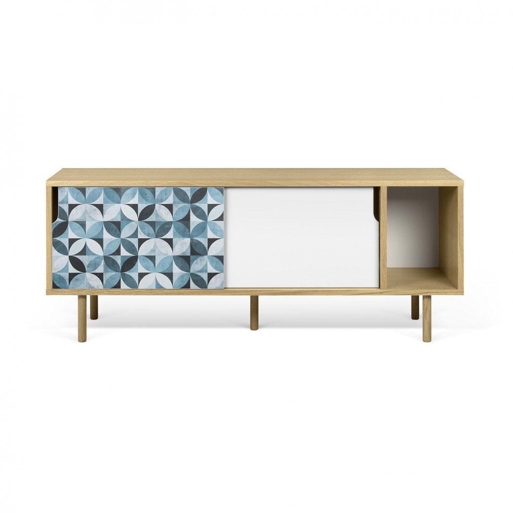 Aparador Dann - Petalo - Aparador Dann - Petalo, Dos gabinetes de mesa de TV enchapados con una puerta blanca y un patrón de vinilo de colores aplicados en la otra, y un compartimiento de almacenamiento extra abierto.