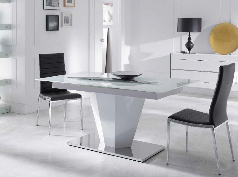 Mesas de comedor extensibles pata central for Mesa comedor cristal negro