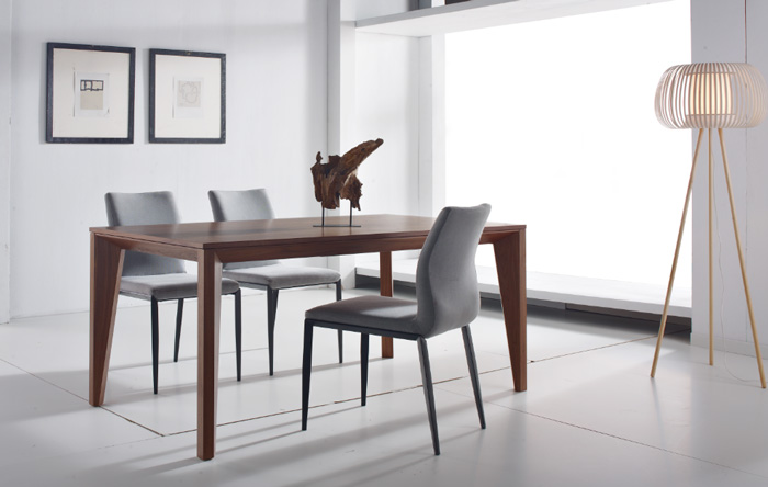 Mesa extensible nogal americano for Mesa 4 sillas homecenter