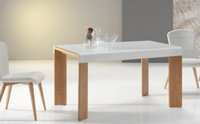 Mesa de comedor extensible con superficie de cristal - Mesa de comedor extensible con tapa de cristal curvo