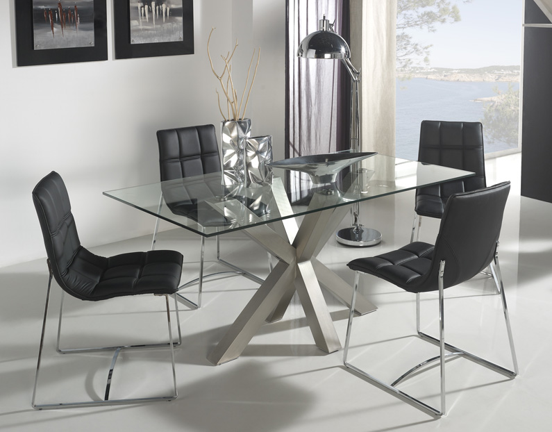 Patas de acero para mesa de comedor for Adornos mesa comedor cristal