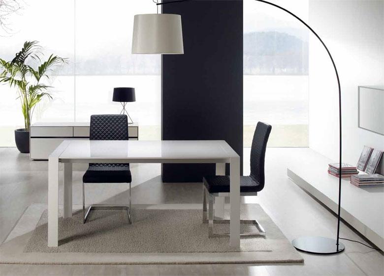 Mesa de madera blanca lacada for Mesa blanca y madera