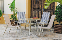 Set de sillones y mesa para exteriores Nusa - Set de mesa y sillones para exteriores Nusa