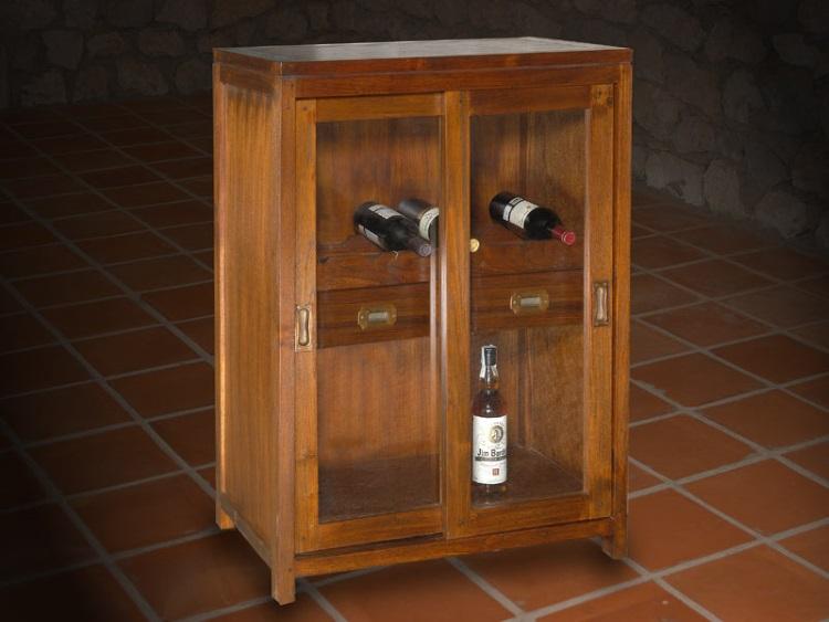 Botellero de madera con dos cajones - Botellero de madera con puertas y dos cajones