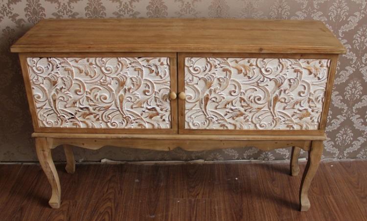 Mueble de madera con 2 puertas