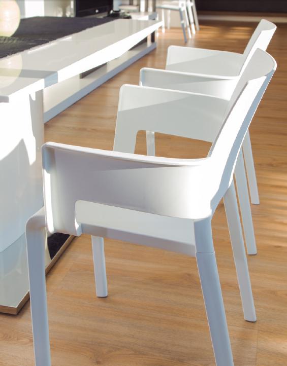 Mesas y sillas de Resina para exterior | Ofertas de muebles, mesas ...