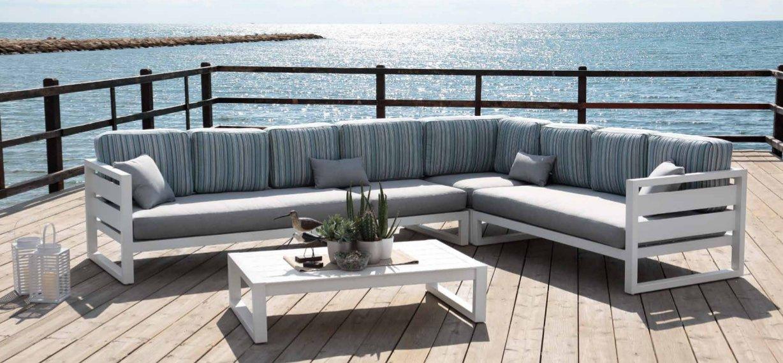 Sof rinconera de aluminio dise o moderno madrid for Sofa esquinero jardin