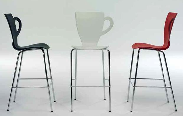 Taburetes altos forma de taza taburetes de cocina for Sillas de cocina cromadas