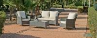 Set de sillones para exterior - Set de muebles de exterior fabricados con fibra de color grisáceo y con cómodos cojines para disfrutar del buen tiempo.