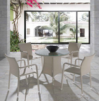 Mesa o sillón Coco para exteriores  - Mesa y sillón Coco para exteriores, estructura aluminio y Ratán