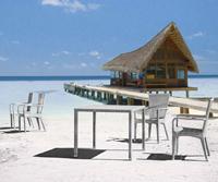 Mesa o sillón EGEO para exteriores  - Mesa o sillón EGEO para exteriores , estructura aluminio y Ratán