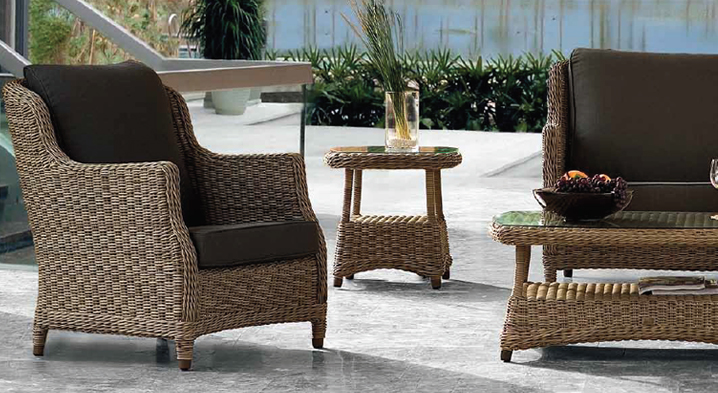 Sof s con estructura de aluminio en oferta for Muebles de exterior de rattan